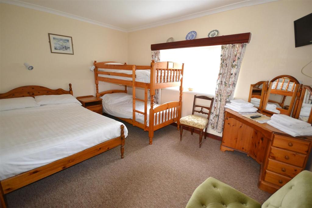 hotel in haverfordwest pembrokeshire